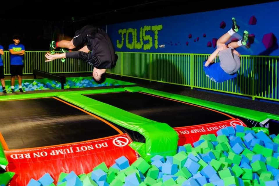 Xtreme Jump Trampoline Park Inside Heartland Mall 49 99 Family Fun Pack Certificate Up To Five People To Jump For One Hour