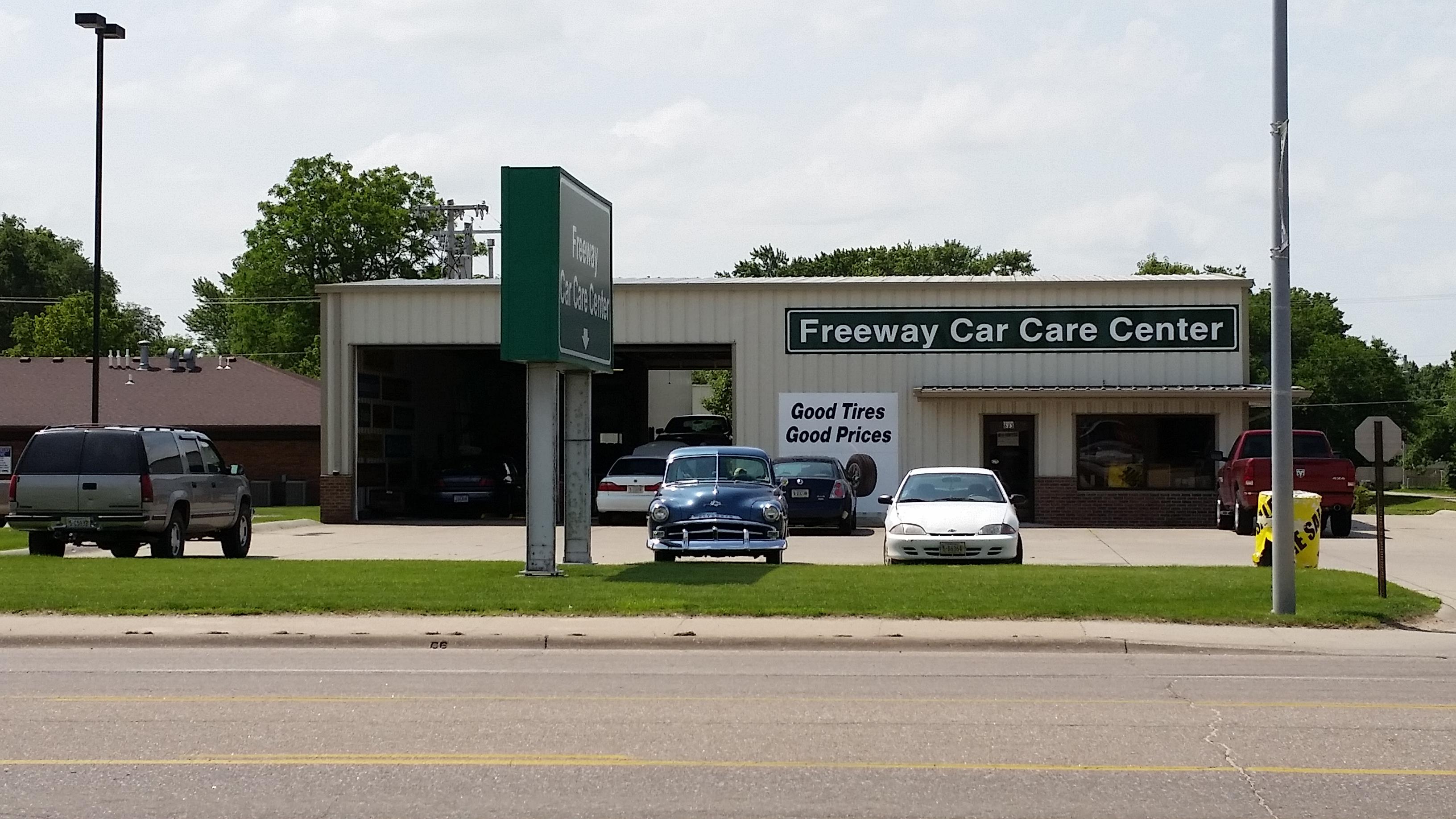 Auto Service Center : Freeway car care center gift certificate