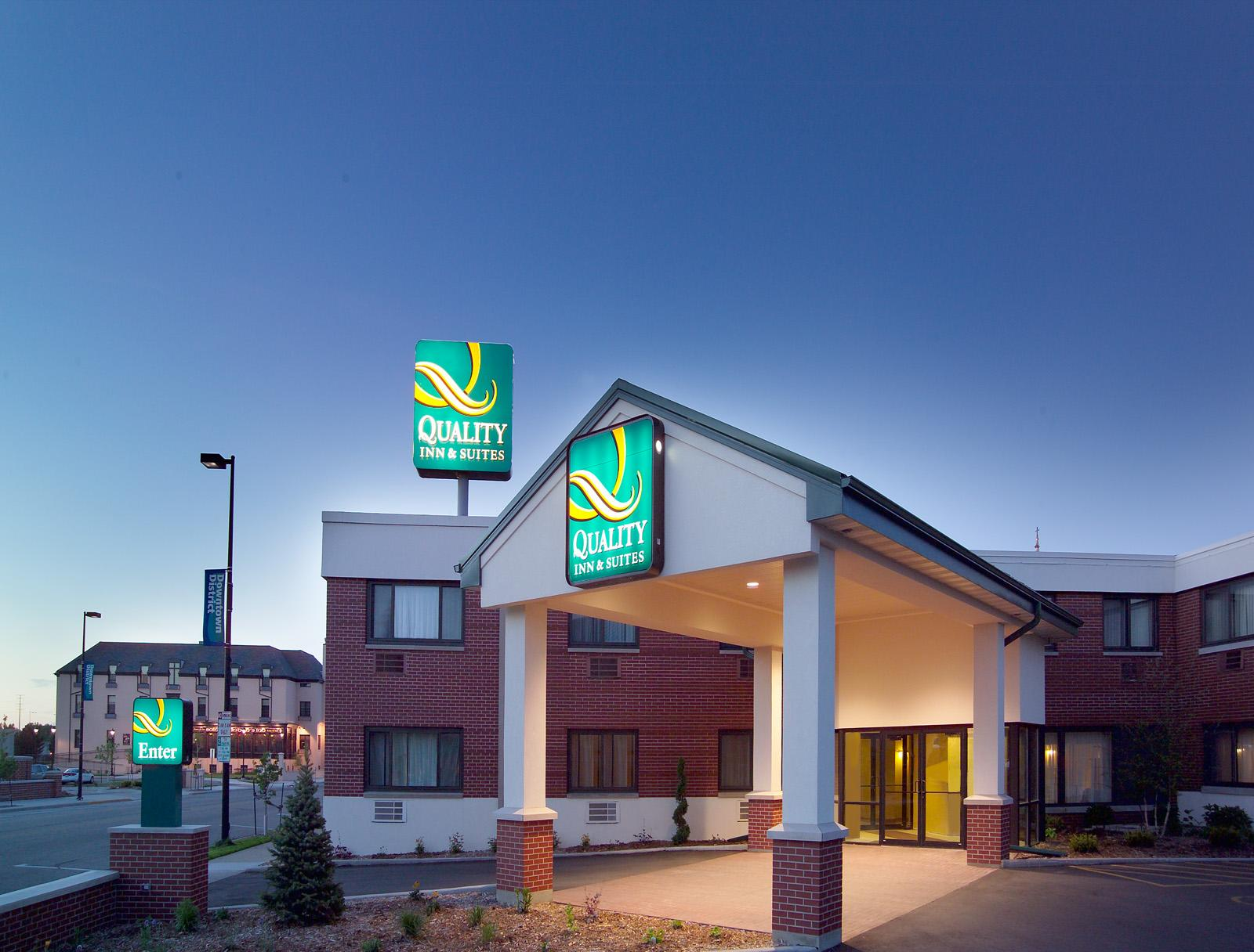 Quality Inn And Suites-green Bay Green Bay Overnight Stay