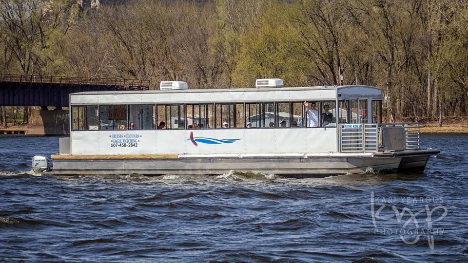 Winona Tour Boat